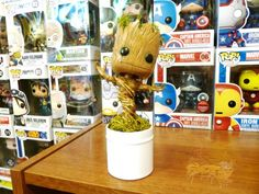 Dancing Baby Groot toy a real possibility - bootlegs already out! #GuardiansOfTheGalaxy https://www.facebook.com/SlashGear/photos/a.196108350428407.40643.193191077386801/755974391108464/
