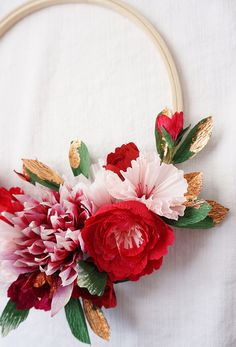 paper flower holiday wreath | 100 layer cake
