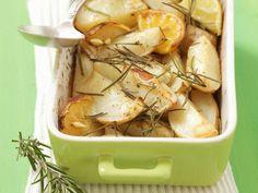 Ofenkartoffeln mit Rosmarin und Zitrone ist ein Rezept mit frischen Zutaten aus der Kategorie Südfrucht. Probieren Sie dieses und weitere Rezepte von EAT SMARTER!