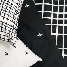 Look what just arrived tonight as we were closing up... Brand new General Eclectic bed linen .... This black and white design is reversible with 2 different designs available in 4 sizes - single - king #generaleclectic #stfdnz #shuthefrontdoor #shutthefrontdoorponsonby #shutthefrontdoortakapuna #duvetcover #pillowcases #bedlinen #blackandwhite #grid #monochrome