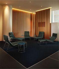 Sala VIP de LAN en Aeropuerto Internacional El Dorado, Bogotá. Arquitectos Mathias Klotz y Lilian Allen. 2013