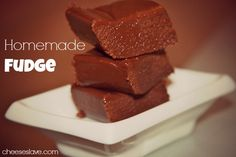 I have been craving my mom's homemade fudge for years. As much as I love the fudge, I didn't want to make it with the Fluff. Click here to get y recipe: http://www.cheeseslave.com/homemade-fudge/