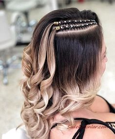 Haircuts For Frizzy Hair, Easy Hairstyles For Long Hair, Box Braids Hairstyles, Girl Hairstyles, Afro Hair Girl, Date Night Hair, Curly Hair Styles, Natural Hair Styles, Blonde Box Braids