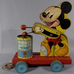 Vintage Fisher Price Mickey Mouse Drummer Pull Toy No. 476, Ca. 1941-1946