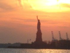Travel With MWT The Wolf: Most  beautiful Pictures of Mwt  Statue of Liberty...