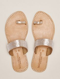 Trent Flat Toe Loop Leather Sandal Snow White