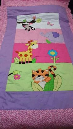 Baby Girl Quilts, Boy Quilts, Girls Quilts, Colchas Quilting, Plaid Quilt, Patchwork Baby, Cute Quilts, Animal Quilts, Baby Bedding Sets