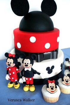 Mickey Mouse Cake by Verusca Walker
