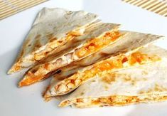 We love the taste of buffalo chicken, especially when it's surrounded by cheese and dipped in ranch. This recipe for Buffalo Chicken Quesadillas is a man-friendly or football recipe that is so simple to make, even a caveman could do it. Mexican Dishes, Mexican Food Recipes, Omelette Recipe, Cooking Recipes, Healthy Recipes, Top Recipes, Diabetic Recipes, Football Food, Tomatoes