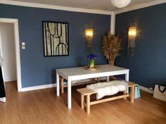 Großes, gemütliches Esszimmer in blau-weiß in Hamburg #Esszimmer #blau #weiß #Hamburg