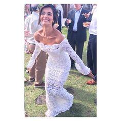 WEBSTA @ giovana.dias - Noiva linda e feliz?? @ingridvetuche de GIOVANA DIAS toda felicidade do mundo!Feliz por fazer parte da sua hist?ria .#feitoamaocomamor #gdhandmadeinbrazil? #luxuycrochet