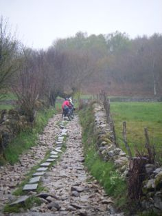 Camino de santiago de compostela, pasos por un camino santo