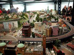 24 Imagens da maior e mais incrível miniatura de estrada de ferro do mundo