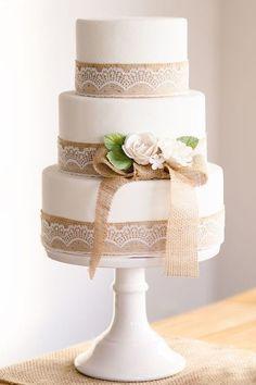 Matrimonio.it | Torte alte #shabby #cake #wedding