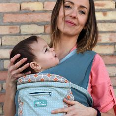 Close Caboo Emily - Soft baby carriers from newborn to 5lbs and upwards. www.closeparent.com