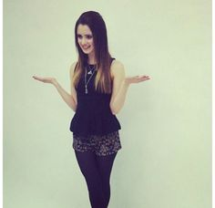 The perfect look ombre hair floral shorts with tights black top