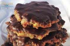 Sweet Desserts, Sweet Recipes, Dessert Recipes, Poppy Cake, Salty Snacks, Hungarian Recipes, Chocolate Cheesecake, Macaroons, Biscotti