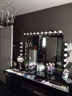 Laura's Hair and makeup room