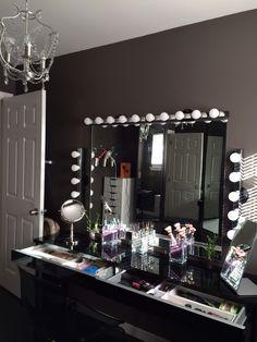 Makeup Room Ideas room DIY (Makeup room decor) Makeup Storage Ideas For Small Space - Tags: makeup room ideas, makeup room decor, makeup room furniture, makeup room design RoomFurniture Vanity Room, Vanity Set, Vanity Ideas, Vanity Mirrors, Ikea Vanity, Vanity Shelves, Diy Vanity, Vanity Tables, Decoration Inspiration