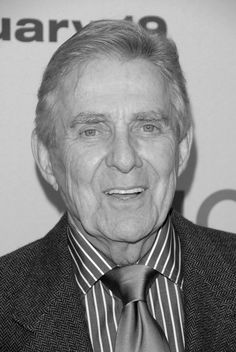 In MEMORY of PAT HARRINGTON JR. on his BIRTHDAY - Born Daniel Patrick Harrington Jr., American Emmy Award-winning stage and television actor, best known for his role as building superintendent Dwayne Schneider on the sitcom One Day at a Time (1975–1984). His father Pat Harrington Sr. was also an actor.   Aug 13, 1929 - Jan 6, 2016   (Alzheimer's disease / complications from a fall)