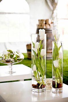 <p>Tulpanens dag den 15 januari, en dag värd att fira lite extra! Här är 15 olika sätt att arrangera dina tulpaner.</p>