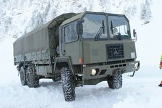 Army History, Volvo Trucks, Military Equipment, Busses, Swiss Army, Recreational Vehicles, Jeep, Cars, Military Vehicles