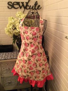 Fully lined adult pink rose ruffle apron by Sewcutesewing1 on Etsy