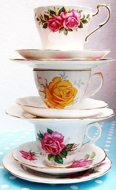 Tea cups by janell Vintage Dishes, Vintage Teacups, Vintage China, Teapots And Cups, China Tea Cups, My Cup Of Tea, Tea Service, Tea Cup Saucer, High Tea
