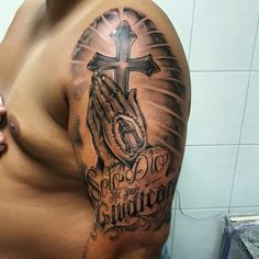 Badass Tattoos, Hot Tattoos, Cover Up Tattoos, Unique Tattoos, Body Art Tattoos, Faith Tattoo Designs, Christus Tattoo, Full Hand Tattoo, Front Shoulder Tattoos
