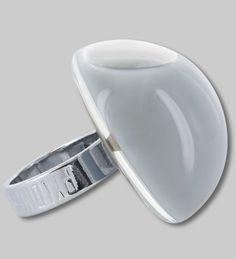 PYLONES - dome ring MILK grey