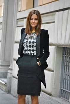 Work & Office Outfit Ideas For Women Everything boils down to your dressing style! So, Ladies, it is time for you to pay close attention to your work and office outfits because they play a significant role in creating a good image. Womens Fashion Casual Summer, Office Fashion Women, Womens Fashion For Work, Work Fashion, Fashion Ideas, Street Fashion, Fashion Inspiration, Fashion Tag, Fashion Black
