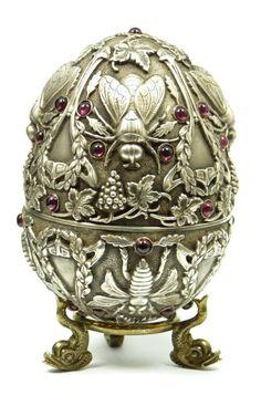 Russian Silver Jeweled Flies Egg Box.