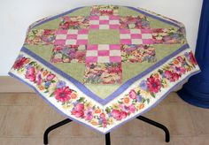 Floral Table Topper  Quilted Table Topper  by RedNeedleQuilts