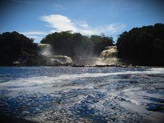Salto Wadaima. Laguna de Canaima.   (Para mas información acerca de este tour clickea la foto).- (For more information about this tour click the photo).- :)