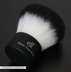 #85011 Kabuki http://www.eyeslipsface.nl/product-beauty/kabuki-kwasten