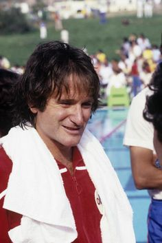 SPECIAL - 'Battle of the Network Stars' - Robin Williams on the ABC Television Network competition 'Battle of the Network Stars'. Like A Shooting Star, Rockin Robin, Abc Photo, Falling In Love With Him, Reality Tv Shows, Stand Up Comedy, Robin Williams, Coming Of Age, Classic Tv