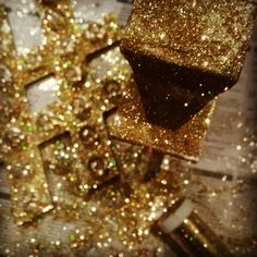 Glitter hashtag lightbox in gold by flora and fauna events. :)