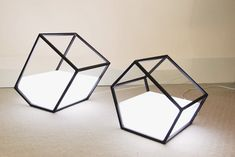 Geometric Living Light by Nissa Kinjalina