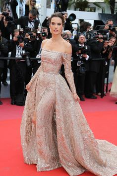Alessandra Ambrosio in Zuhair Murad Couture at the screening of The Wild Pear Tree (Ahlat Ağacı) at the 71st Cannes Film Festival #Cannes #2018 #BestDressed