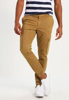 YOURTURN Cargo trousers - camel - Zalando.co.uk