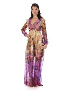 Vestido de fiesta largo de tejido vaporoso con estampado tricolor.
