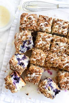 Blueberry Buckle Recipe With Lemon Glaze Is it breakfast or dessert? Makes no diff because it's Blueberry Buckle With Lemon Glaze Lemon Recipes, Sweet Recipes, Cake Recipes, Dessert Recipes, Party Recipes, Dessert Bars, Dessert Ideas, Blueberry Buckle Recipe, Best Blueberry Recipe