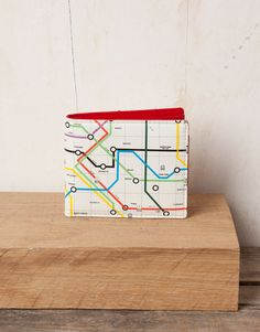Metro Map Wallet. Pull and Bear