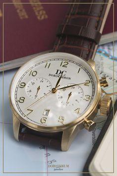 Braunes Leder, ein weißes Zifferblatt und goldene Zeiger und Indizes - die perfekte Uhr für den casual Herren Business-Look!