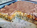 Prăjitură cu nucă şi cremă caramel | Rețete BărbatLaCratiță Creme Caramel, Pie, Sweet, Desserts, Food, Cakes, Drink, Raffaello, Torte