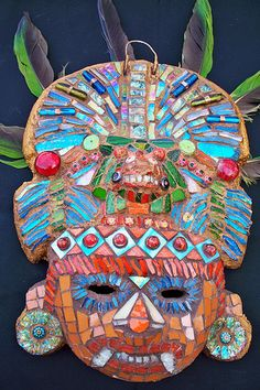 I like this mask because of the different materials used to create the texture of the mask. You can clearly identify different materials used! The colours are also very eye catching. Mayan Mask, Aztec Mask, Hispanic Art, South America Map, Aztec Culture, Inca, Thinking Day, Middle School Art, Mexican Art