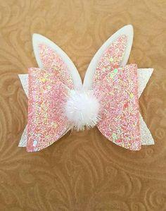 Items similar to Bunny Bow…Easter Hair Bow…Bunny Hair Bow…Bunny Easter Bow…Glitter Bunny bow - Modern Fabric Hair Bows, Diy Hair Bows, Homemade Hair Bows, Diy Leather Bows, Leather Fabric, Hair Bow Tutorial, Flower Tutorial, Headband Tutorial, Diy Headband