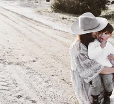 Boho fashion, boho dress ideas, Brixton women's hat, kids fashion trends
