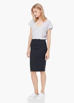 Back vent pencil skirt