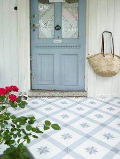 Old wooden dusky blue doors with scandinavian tiling. Velhas de madeira escuras portas azuis com azulejos escandinavo. Doors And Floors, Windows And Doors, Front Doors, Front Porch, Porch Flooring, Vinyl Flooring, Painted Floors, Flooring Options, Shabby Vintage
